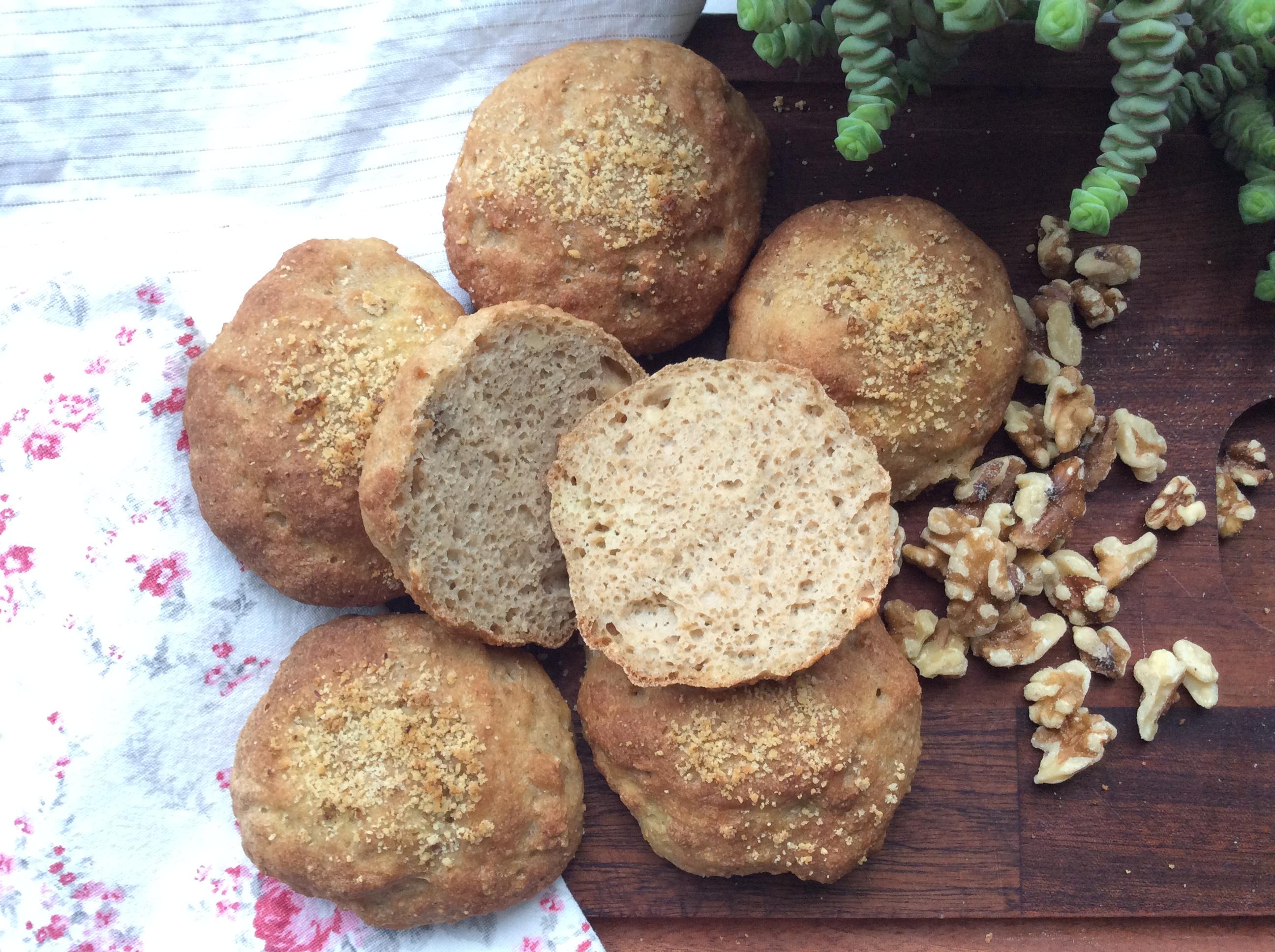 Glutenfri valnøddeboller med havre- og majsmel